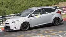 2016 Ford Focus RS mule spy photo