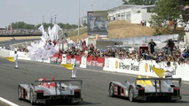 Audi R10 TDI Triumphs at Le Mans