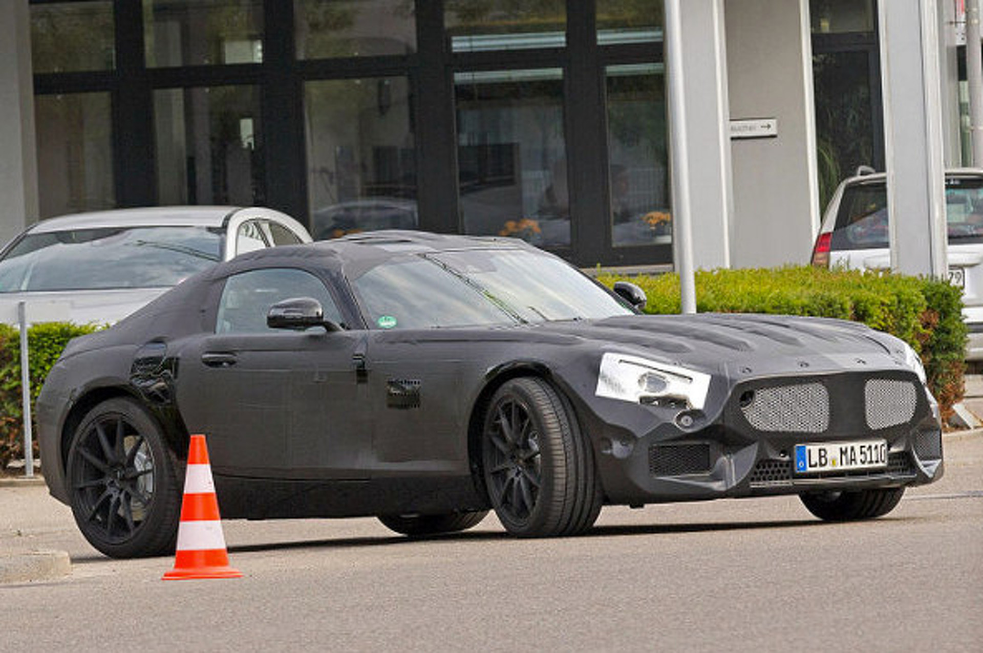 911-Rivaling Mercedes-Benz GT Spied Testing