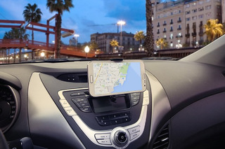 7 Useful Car Apps for Your Smartphone