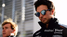 F1 driver dumps sponsor via Twitter in Trump row