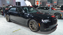 2017 Chrysler 300S shows off fresh appearance packages in New York