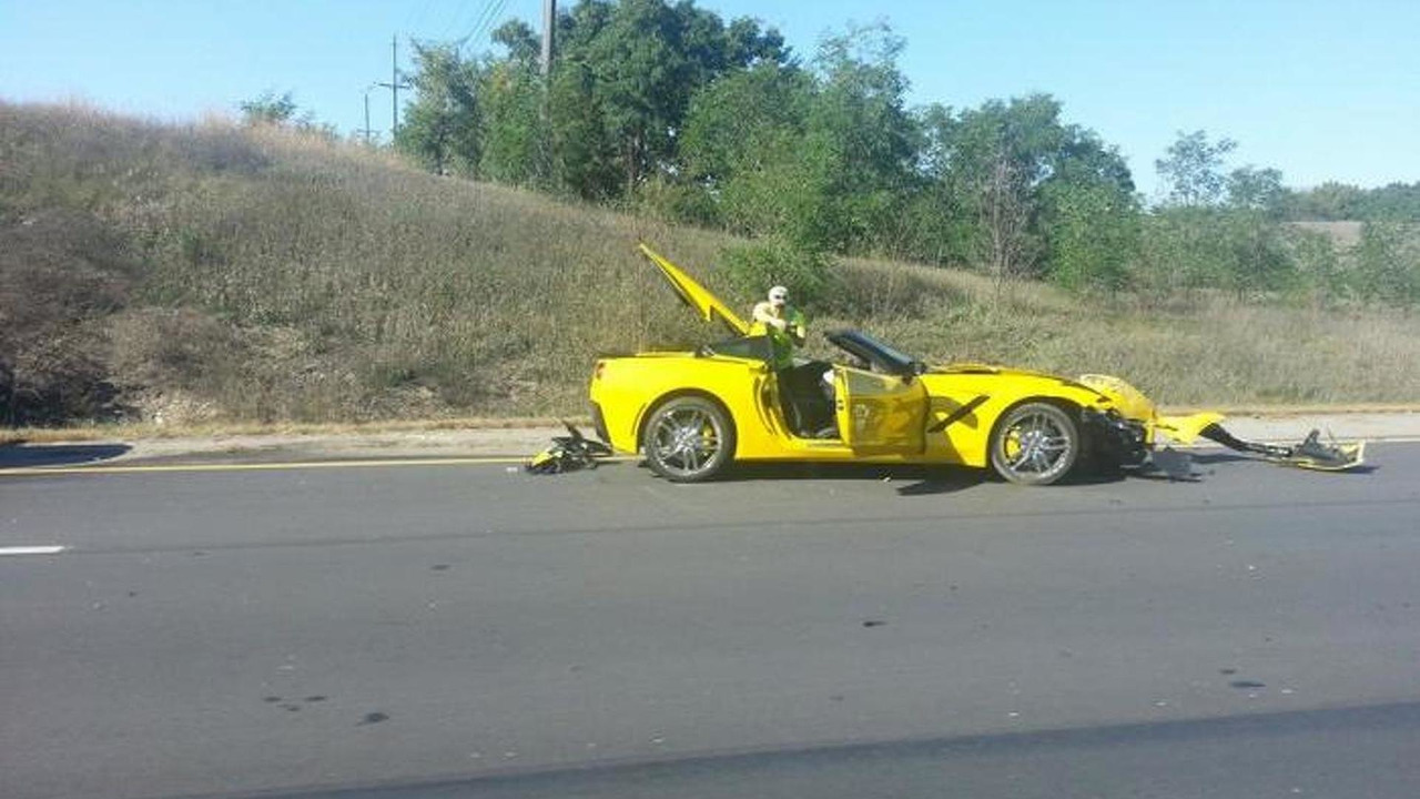 First customer-owned Corvette C7 crash