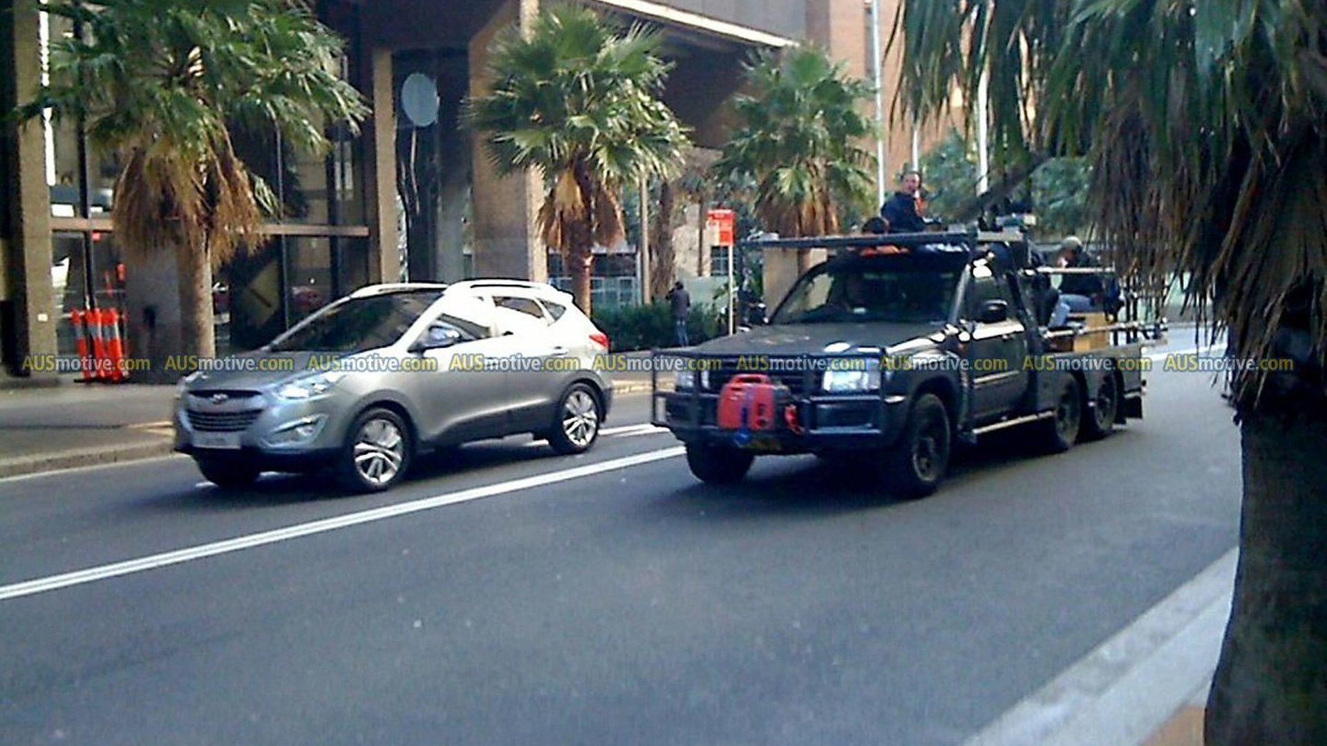 2011 Hyundai Tucson ix35 spied filming TV commercial in Sydney