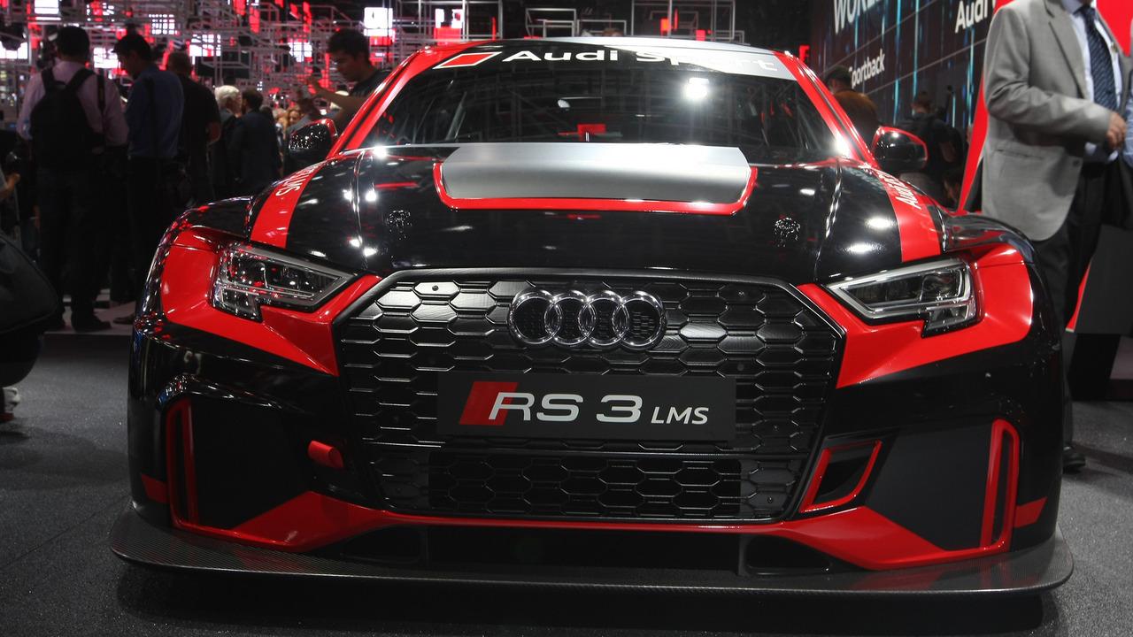 2017 Audi RS3 LMS Paris Motor Show