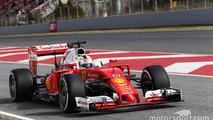 Barcelona F1 test: Vettel quickest as Mercedes racks up miles