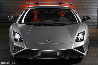 Lamborghini Dishes Out New Photos and Video of Gallardo Squadra Corse