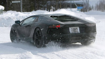 Lamborghini Aventador Roadster to use carbon fiber targa roof - report