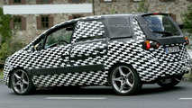New Opel Meriva Closest Spy Photos Yet