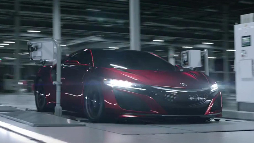 Acura gives 2017 NSX buyers personalized swag with their new supercar