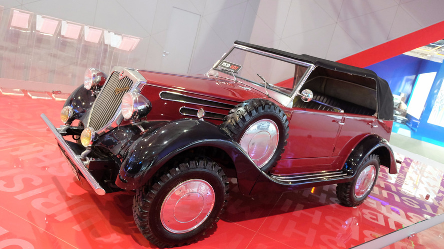 Mitsubishi brought the first car with 4x4 to Sao Paulo