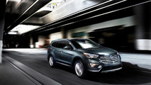 Three-row 2013 Hyundai Santa Fe priced at 28,350 USD