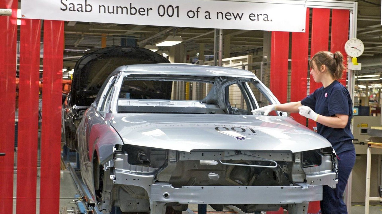Saab resumes production, first Saab 9-5 saloon down line, Trollhättan, Sweden, 22.03.2010