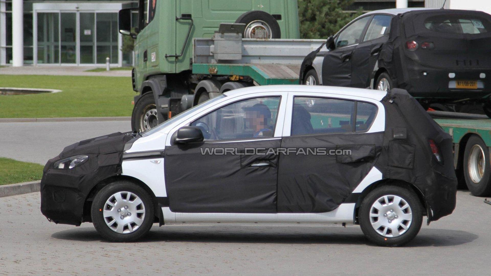 2012 Hyundai i20 facelift spied for the first time