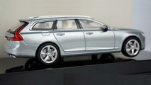 Volvo V90 scale model is back, this time in Liquid Blue
