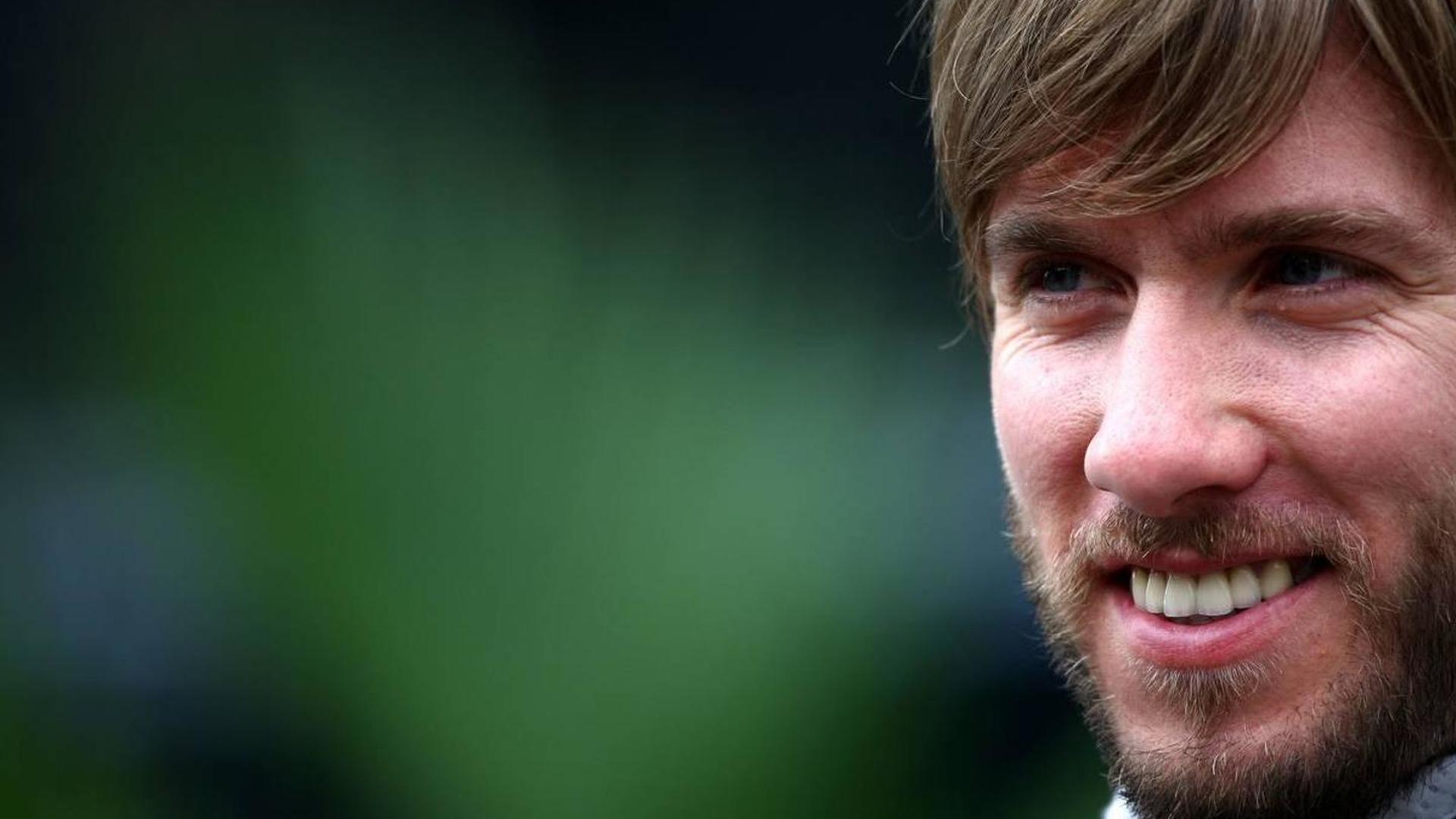 Heidfeld leaves Mercedes, testing Pirelli on Tuesday