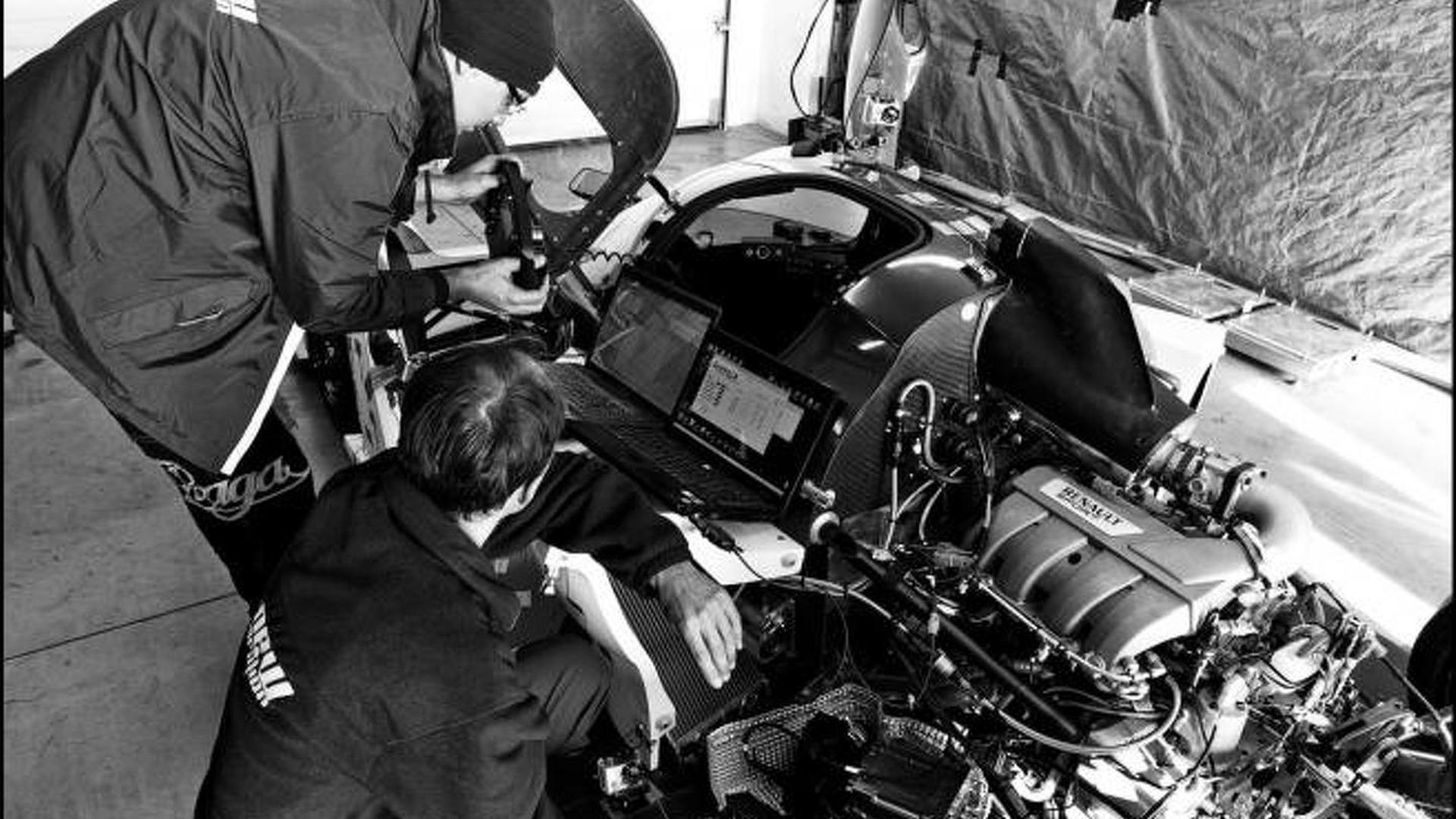 Praga R1 with Renaultsport engine revealed [video]