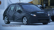 SPY PHOTOS: Peugeot 308 Sedan and Station Wagon