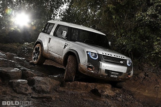 Next Land Rover Defender Jumping Ship for U.S.