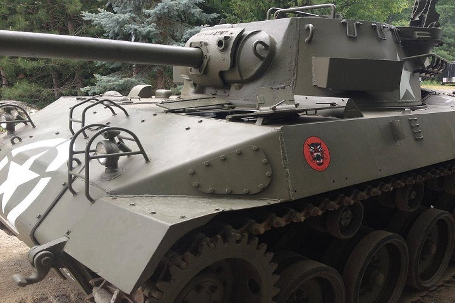 Forget Dodge Hellcats, How About a Buick Hellcat Tank?