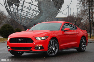 Ford to Offer Performance Pack for 4-Cylinder Mustang?