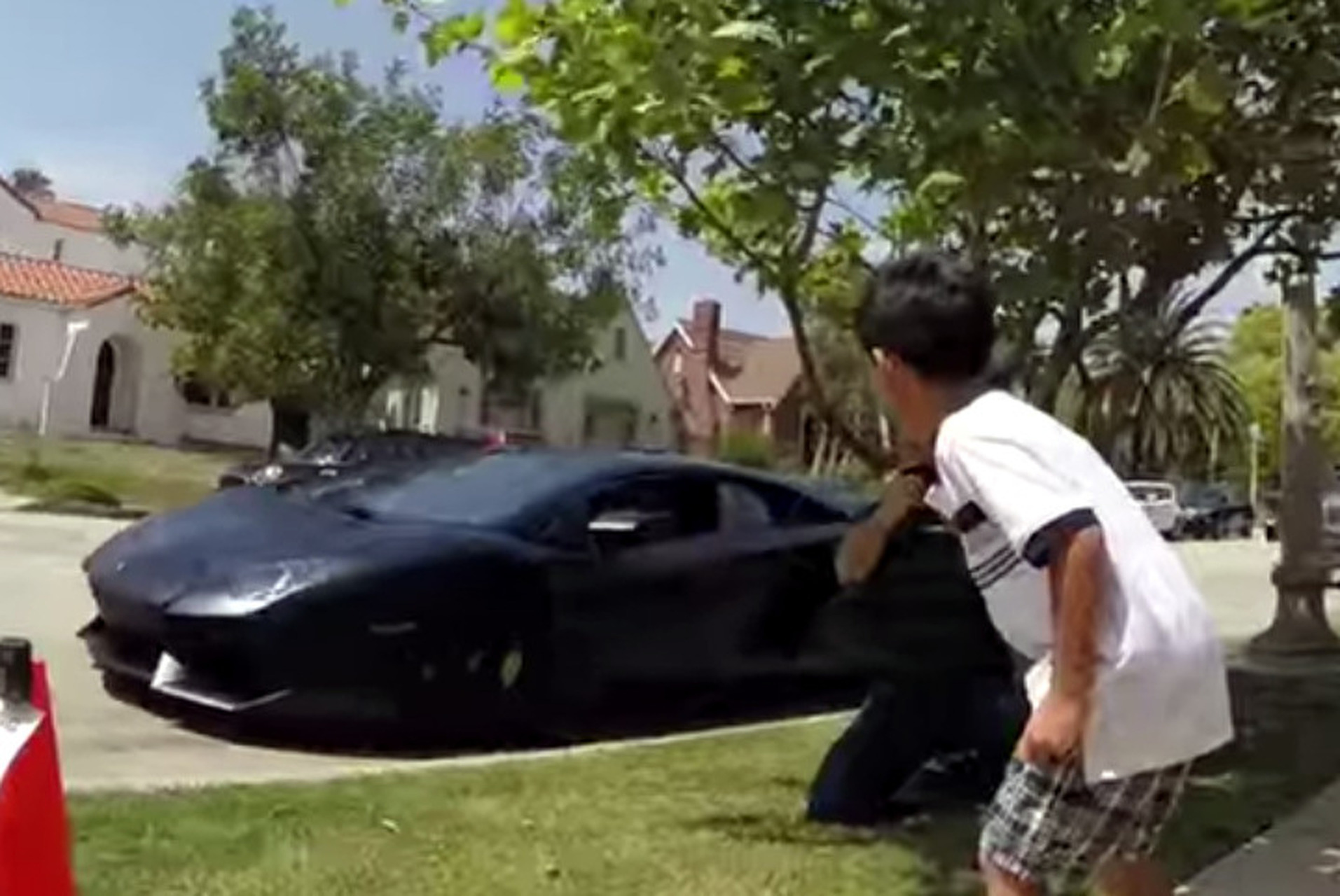 Lamborghini Dealership Crashes 7-year-old Birthday Party [video]