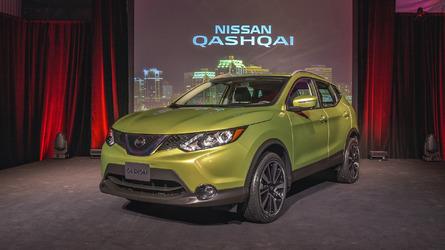 2017 Nissan Qashqai is a smaller Rogue
