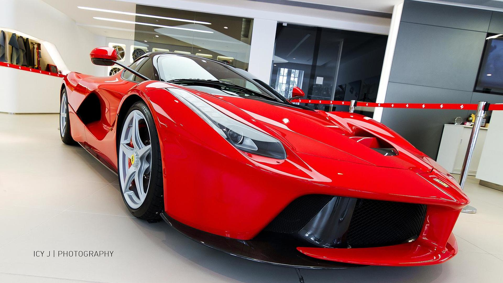 LaFerrari buyers willing to pay 1.25M EUR extra to get their cars earlier – report