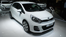 Kia brings lightly updated Rio and Venga to Paris