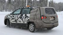 2011 Chevrolet Orlando Latest Winter Spy Photos - 25.01.2010