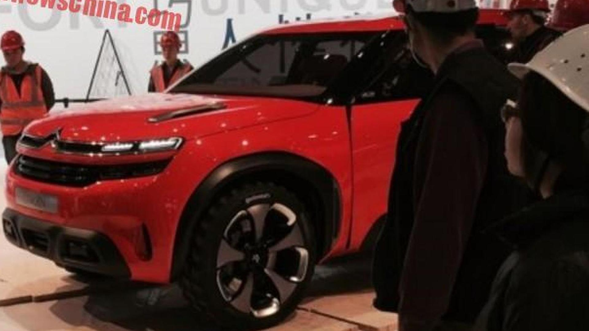 Citroen Aircross concept photographed in the metal