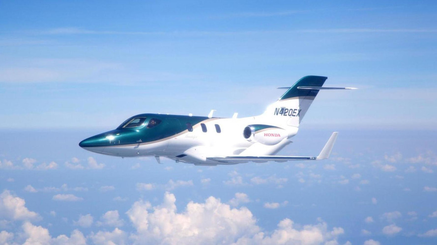 Honda Jet takes to the sky in first flight