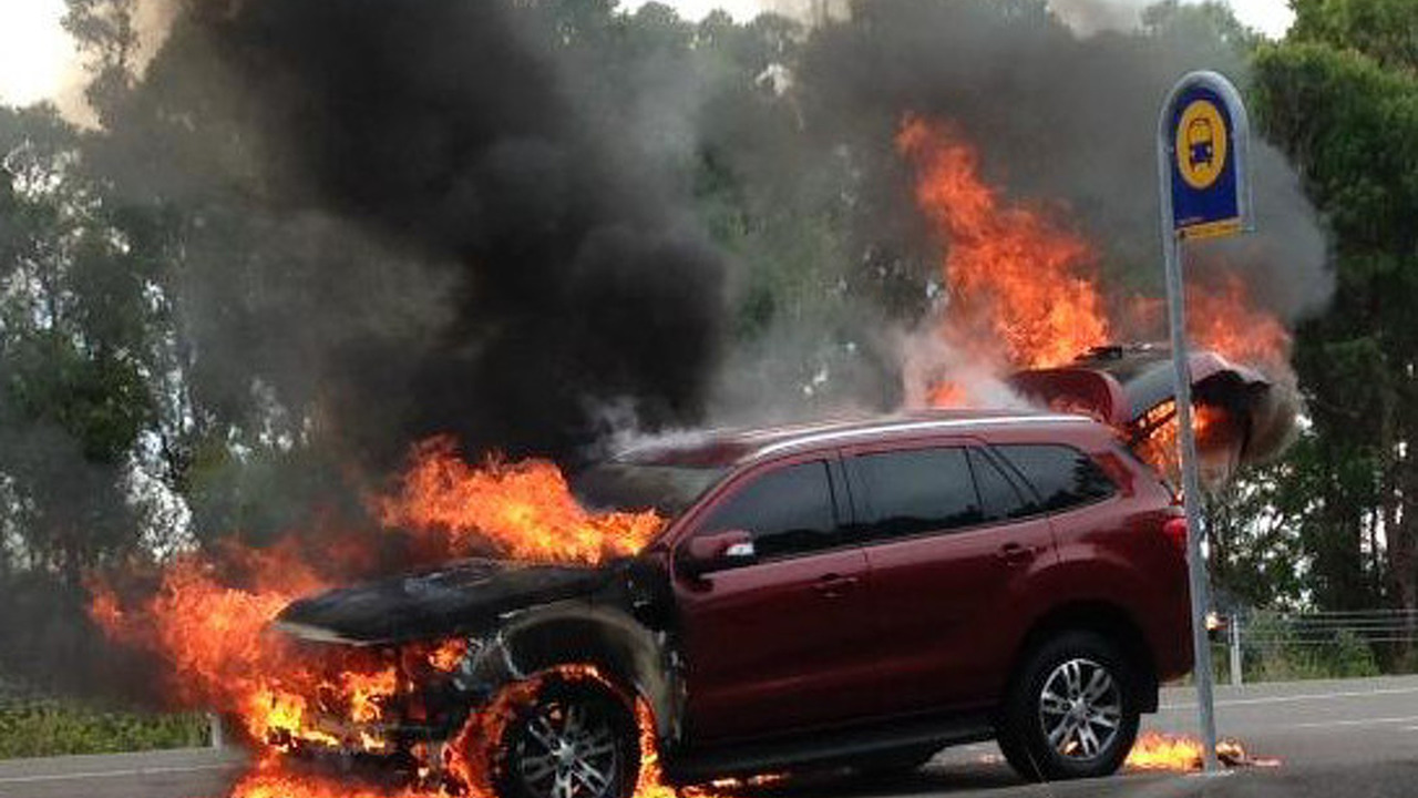 Ford Everest in fire