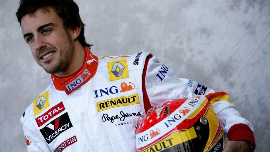 Surprised Alonso backs Briatore amid 'crash-gate'