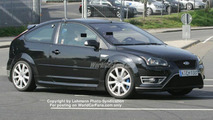 SPY PHOTOS: Ford Focus RS