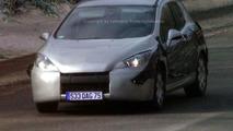 New Peugeot 308 Spy Photos