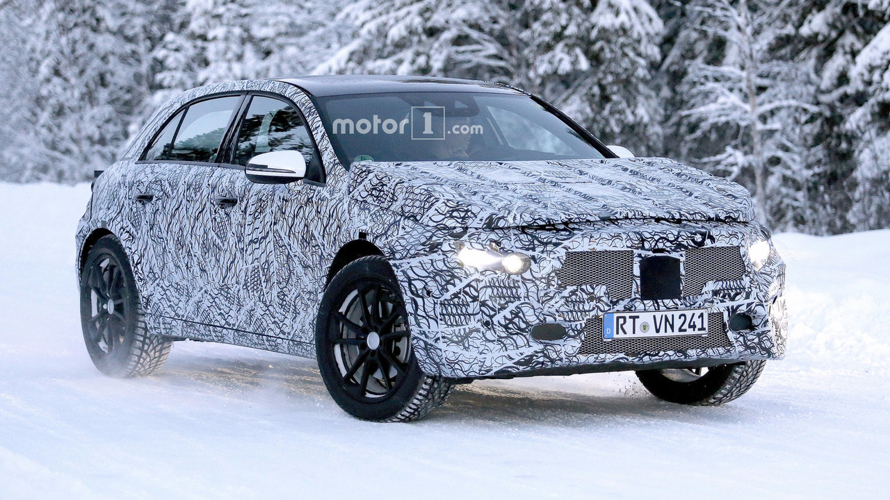 2020 - [Mercedes] GLA II 2019-mercedes-gla-spy-photo