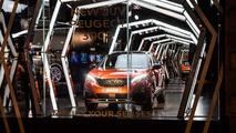 Exposition Peugeot 3008 à Peugeot Avenue