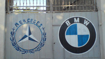 Mercedes-Benz outsells BMW and takes lead in U.S. luxury sales race