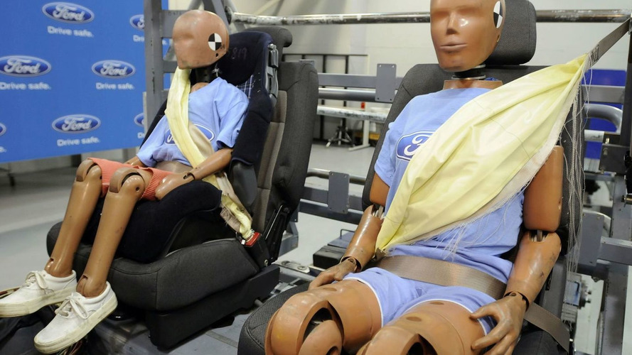 Ford Introduces First Inflatable Seat Belts [Video]