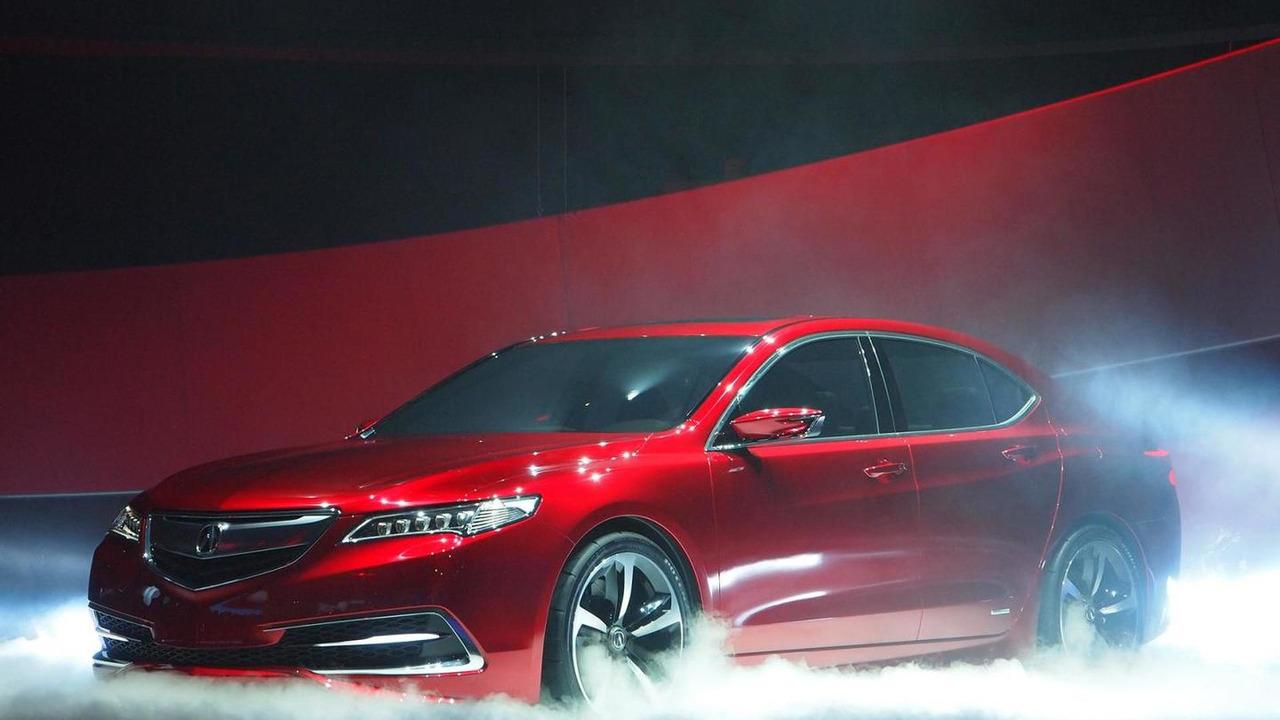 Acura TLX prototype live in Detroit