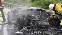 Lamborghini Aventador gets faulty engine replacement and burns on the Autobahn