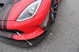 The Dodge Viper ACR Will Chew You Up and Spit You Out