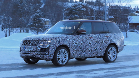 2018 Range Rover Plug-in Hybrid spied cold-weather testing