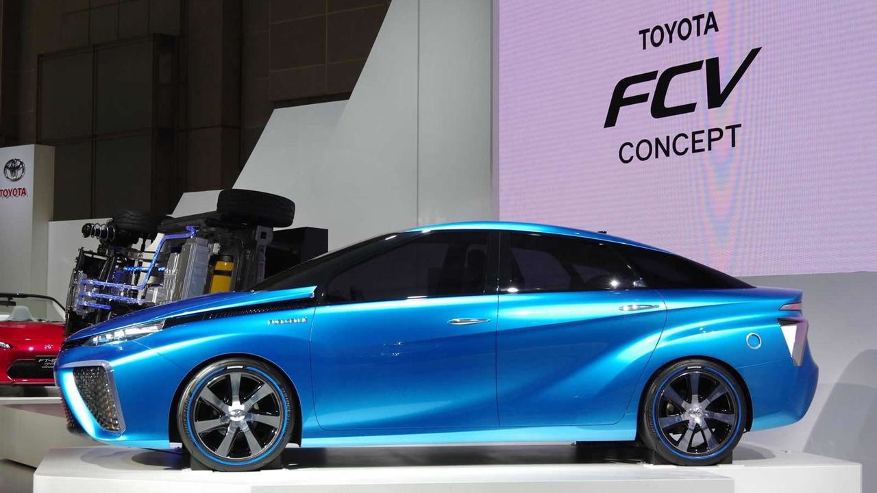 Toyota FCV concept at Tokyo Motor Show