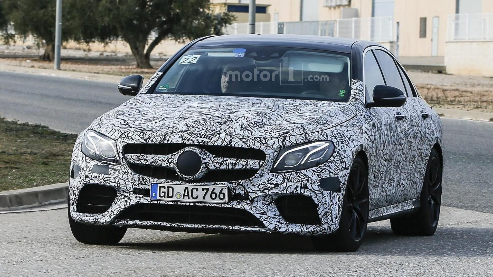 2017 Mercedes-AMG E63 returns in new spy photos