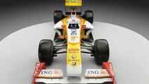 Sponsor stays at Renault after crash-gate