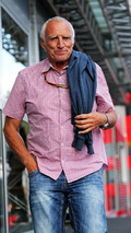 Mateschitz says Red Bull 'doesn't need' Vettel