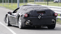 2014 Ferrari Enzo successor mule spy photo