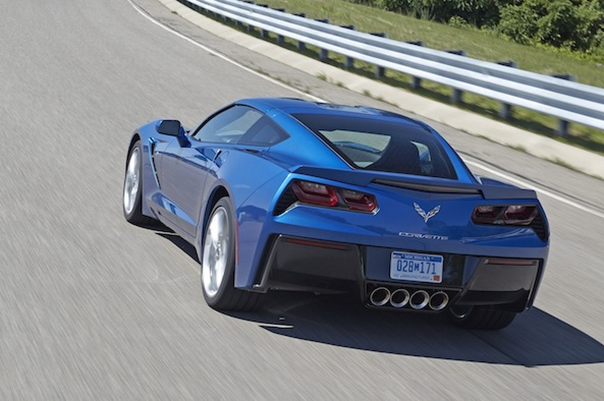 Corvette Stingray Z51 Does 0-60 MPH In Mere 3.8 Seconds